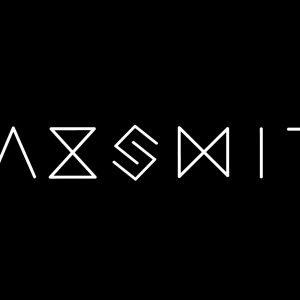 SaxSmith _logo_FINAL-white